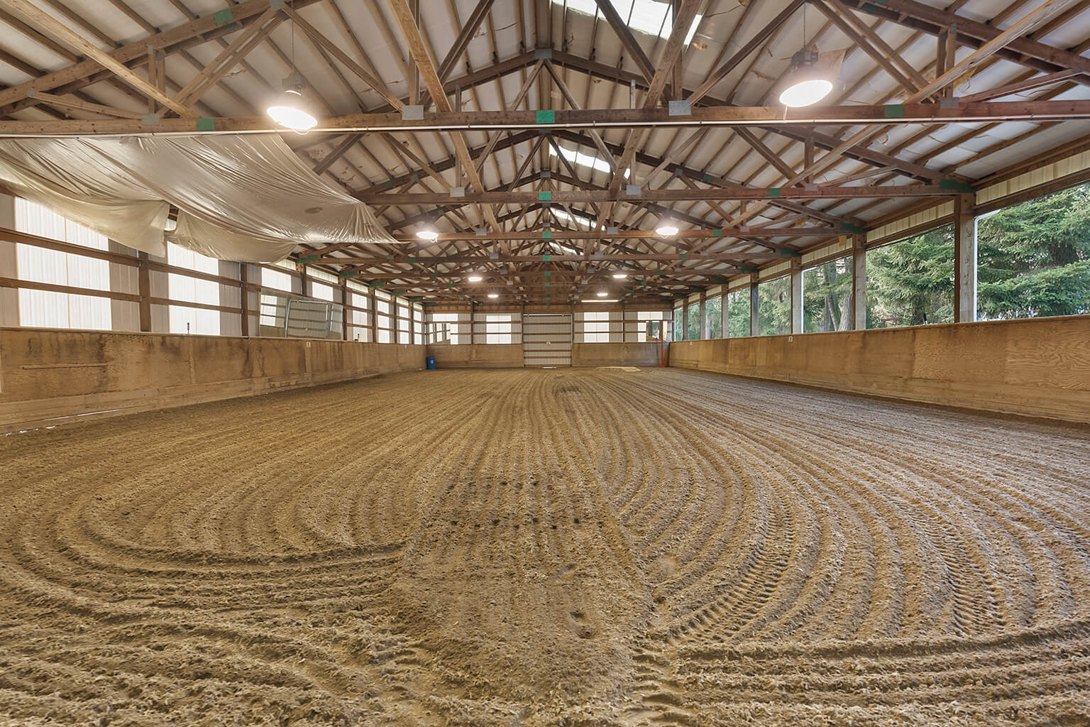 60' x 120' covered arena